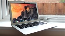 "Apple - MacBook Air - 13.3"" Retina Display - Intel Core i5 - 8GB Memory - 128GB Flash Storage (Lates"